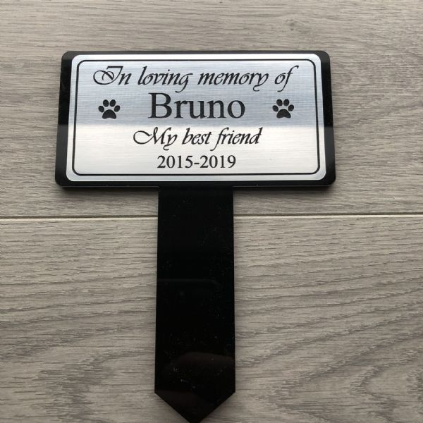 Memorial Pet stake with personalised plaque